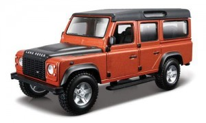 18-43000 BBURAGO - Land Rover Defender 110 1:32